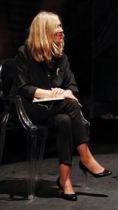 La entrevistadora Marieta Frías